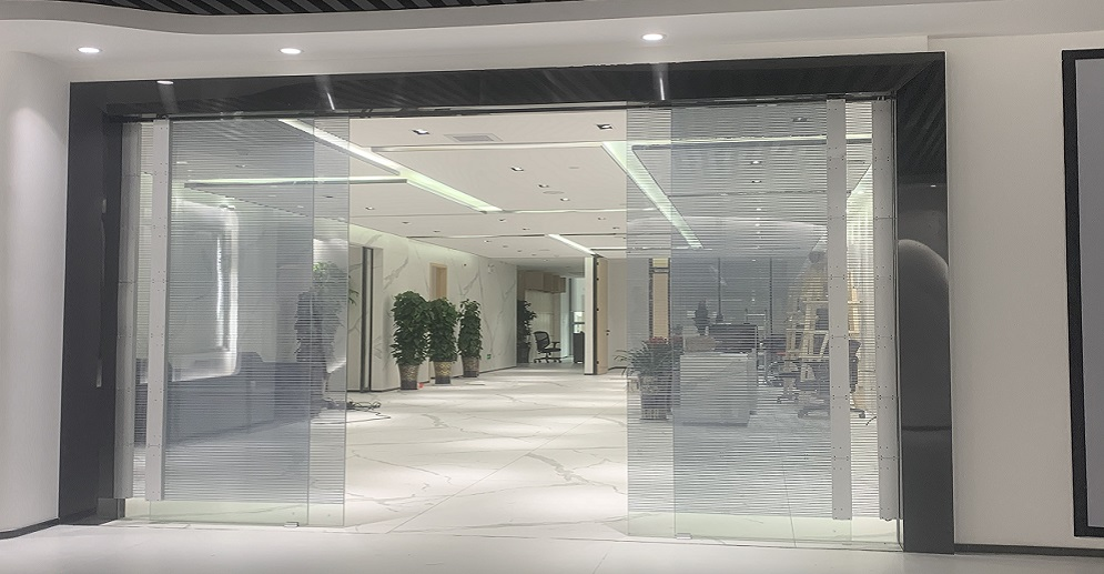 P5-10 Transparent Led Adhesive Screen Moving Door in Commercial Exhibition Hall